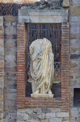 Roman Statue Forum
