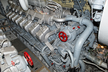 submarine diesel engines