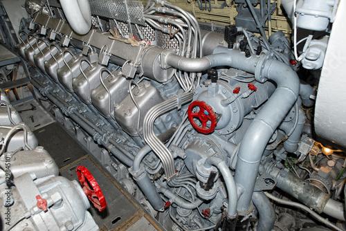 Leinwanddruck Bild submarine diesel engines