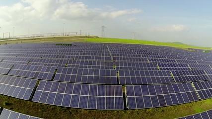 Sorvolo campo fotovoltaico