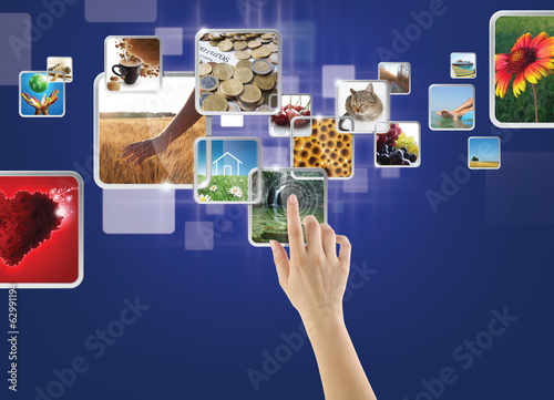 Photo gallery on touch screen