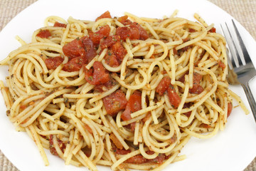 Spaghetti with Red Tomatoes