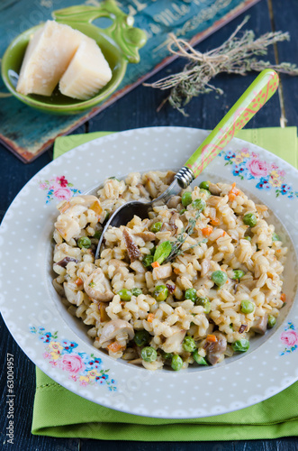Barley porridge stewed with vegetables and mushrooms