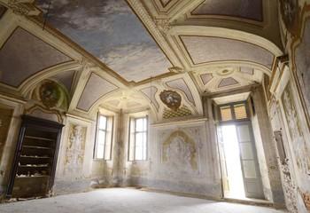Abandoned room - Leri Cavour