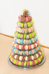 Wedding cake macaroons