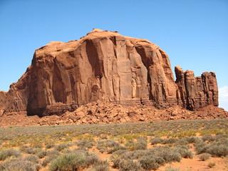 Etats-Unis - Monument Valley - Rocher dans le desert