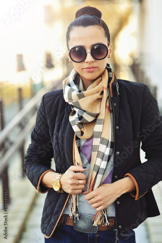 Fashionable woman outdoor portrait - closeup