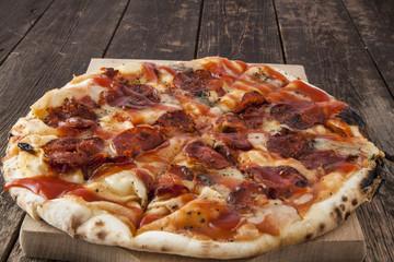 Peperoni pizza pie