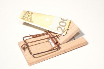 Mausefalle mit 200-Euro-Schein