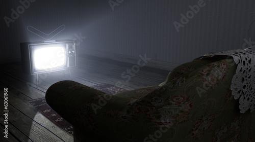 Podświetlana Telewizja I Samotna Stara Kanapa