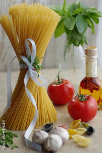 Pasta frische Nudeln auf den Tisch