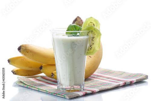 Leinwandbild Motiv smoothie with kiwi and banana
