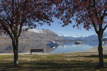 Beautiful wanaka lake view in the morning time, New Zealand