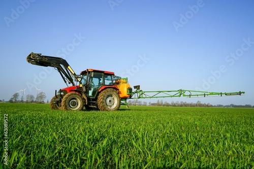 Leinwandbild Motiv Getreidebau, Pflanzenschutz