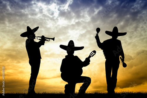 mariachi at sunset