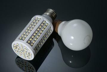 Led und Glühbirne
