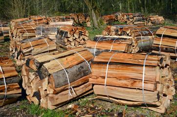 abgepacktes Brennholz