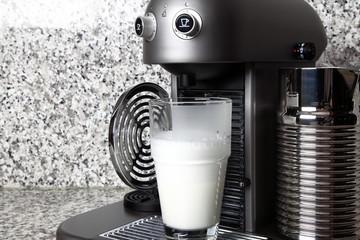 Latte Macchiato herstellen
