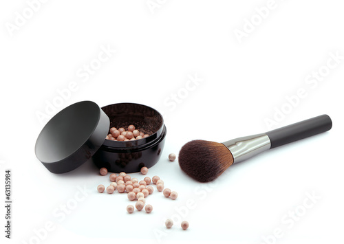 bronzing pearls powder  and makeup brush
