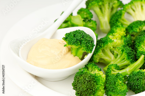 Broccoli with sauce