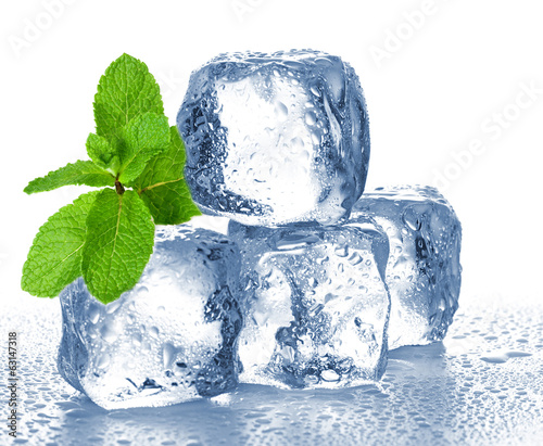 Fotobehang Gletsjers ice cubes and mint