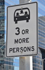Three or more persons lane sign