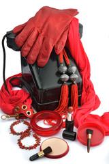 accessori donna rosso e vintage