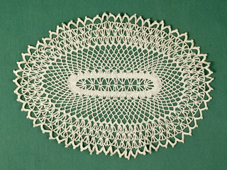 Doily septies