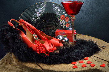 accessori donna rosso e nero