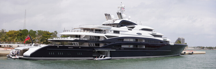 Serene Megayacht in Miami