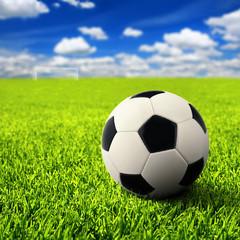 Fußball auf freiem Feld