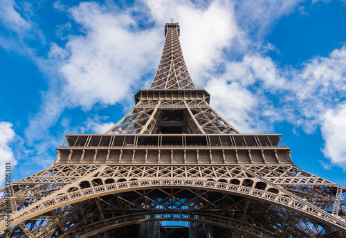Tour Eiffel from bellow, Paris