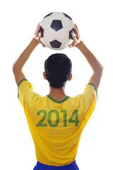 Brazilian player throwing the ball