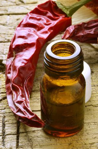Olio essenziale peperoncino Essential oil chilli