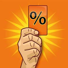 Hand zeigt Karte mit Prozentzeichen