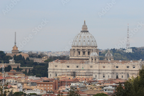 the Cupolone and Vatican city's antenna