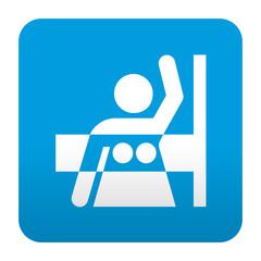 Etiqueta tipo app azul simbolo mamografia