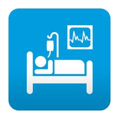 Etiqueta tipo app azul simbolo cama de hospital