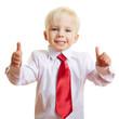 Kind mit Schlips hält Daumen hoch