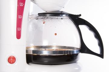 Haciendo café.