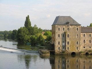 Pays de la Loire - La Sarthe à Parcé sur Sarthe