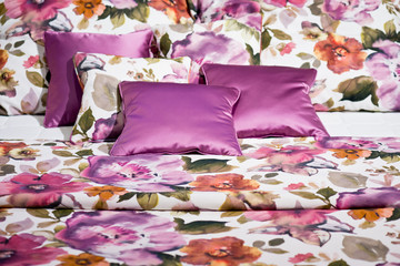 Beautiful beddings with pink floral design