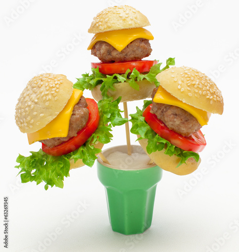 Miniburger als Food Pops
