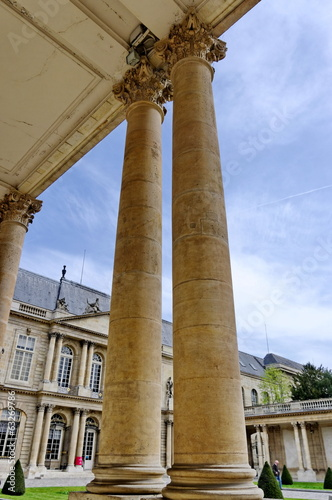 Colonnes de pierre, Archives Nationales, Paris, France