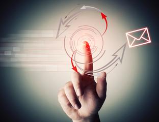 Pulsante che spedisce mail