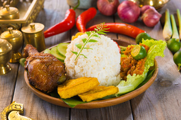nasi ayam penyet, indonesian fried chicken rice