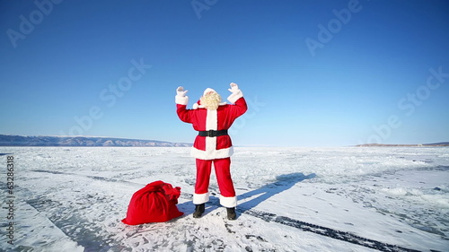 Dancing Santa Claus, Travel Santa on Lake Baikal