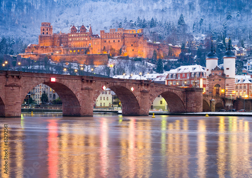 Fotobehang Kasteel Heidelberger Schloss im Winter