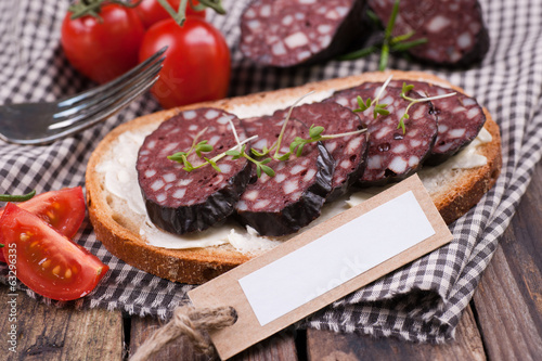 Bread with black pudding