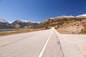 road on independence pass colorado